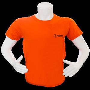 turuncu nakışlı t-shirt
